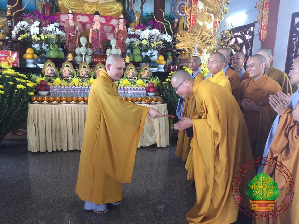 Trường TCPH Bình Định - Tu viện Nguyên Thiều tổ chức cho Tăng Ni sinh Lễ Tổ đầu năm Kỷ Hợi.