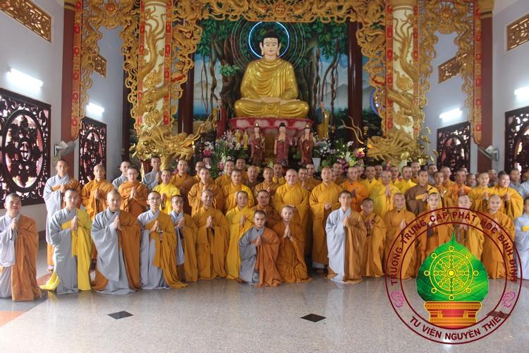 Trường TCPH Bình Định mừng ngày nhà giáo