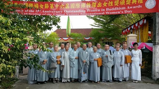 Tự hào Ni giới Việt Nam với giải thưởng Nữ giới Phật giáo xuất sắc thế giới